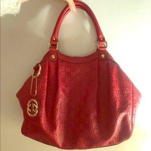 Gucci Medium Sukey Handbag (Exclusive color)*